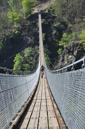 "Tibetan bridge ""Carasc"""