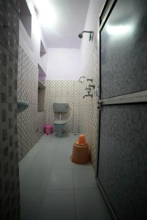 Mewargarh Palace: Bathroom