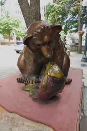 Sculpture Walk: Don't Play With Your Food - Julie Jones Denker - Indiana