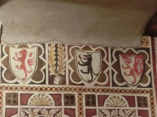 affreschi castello del lupo Valvasone