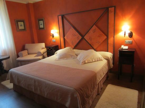 Hotel Torres de Somo: Habitación
