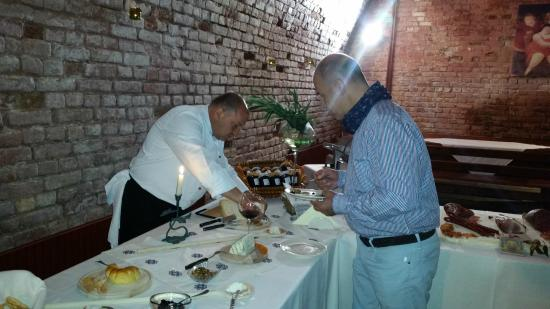 Conacul Dintre Vii: The art of eating and drinking wine
