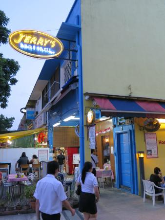 Jerry's BBQ and Grill: Jerry's at Jalan Kayu!
