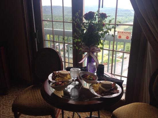 Chateau On the Lake: Lobster & Steak~Shrimp sautéed & Steak~House Salad~834 view from our Balconies!! It's a huge Bea