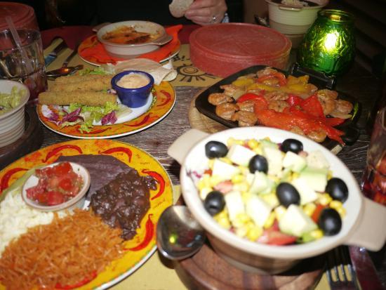 Barriga's: トルティーヤとアボカドサラダ