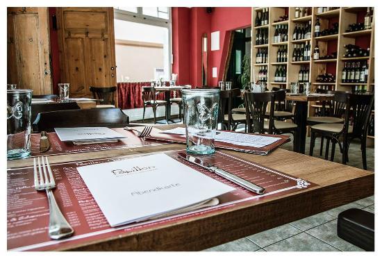 Papillon - Bistro & Weinbar: Im Papillon