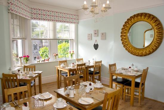 Ravenswood: The Breakfast Room