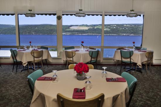 Montage Italian Grill: cozy dinner for two or a special celebration
