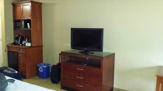 Hilton Garden Inn Portland Beaverton: HD Channel TV