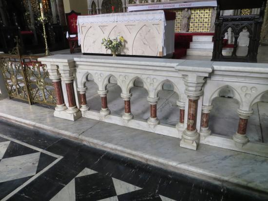 St. Peter and Paul's Church : Altar rail