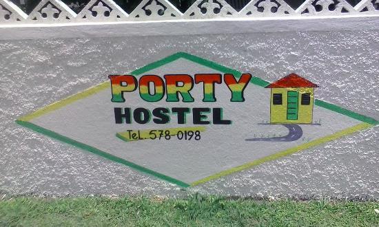 Porty Hostel