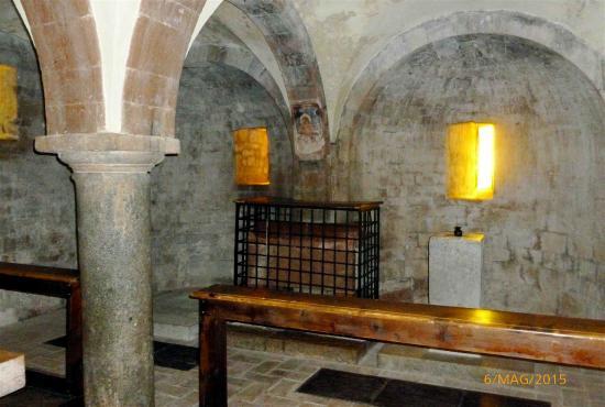Abbazia dei SS Felice e Mauro : La cripta