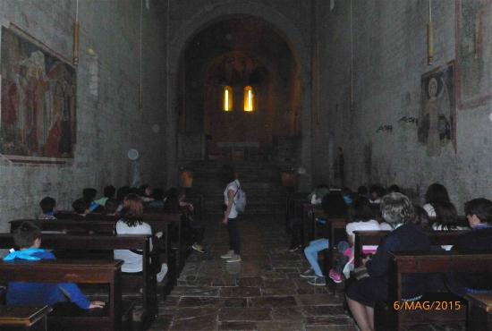 Abbazia dei SS Felice e Mauro: L'interno della chiesa