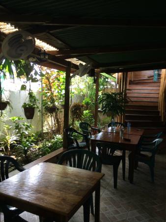 CalaLuna Hotel: The restaurant/bar area on the ground floor.