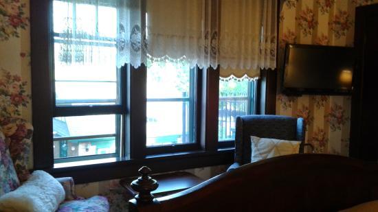 Queens Landing Guest House B&B: Bedroom