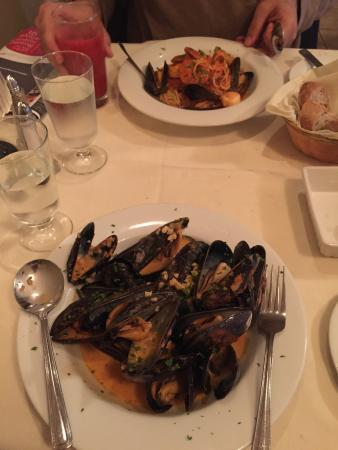 Sirenella Ristorante: Muscles and pasta with shrimps. Highly recommend. It was great.