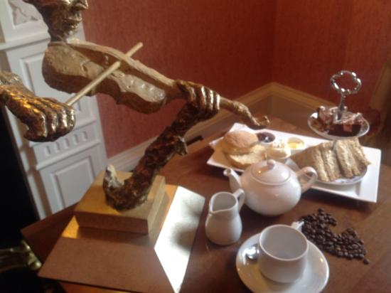 Old Bank Restaurant and Coffee House: Afternoon tea