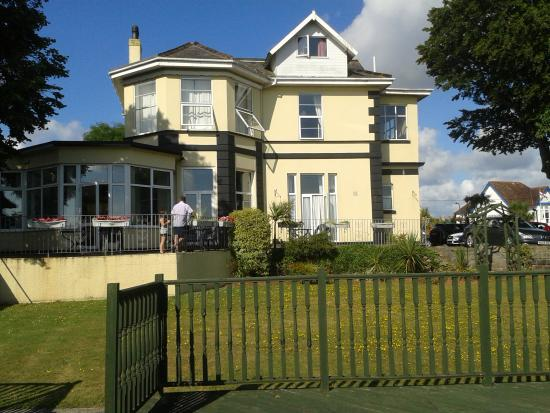 The Norcliffe Hotel: Norcliffe Hotel