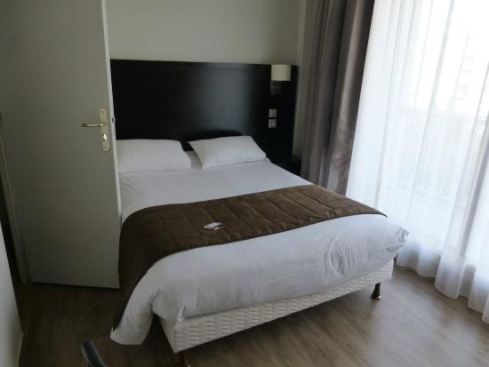 Hotel des Quatrans: chambre