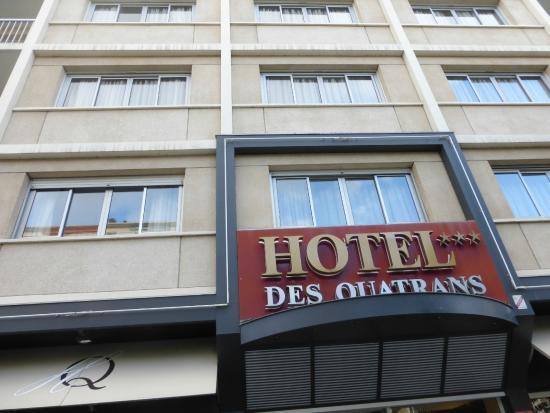 Hotel des Quatrans: Façade