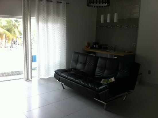 Hotel Eva: Sala e Cozinha