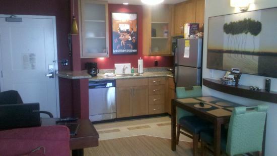 Residence Inn Port St. Lucie: Room