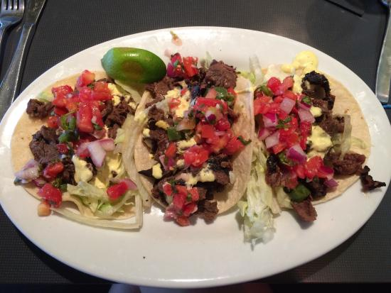 BLD Restaurant: Beef Tacos-Delicious!