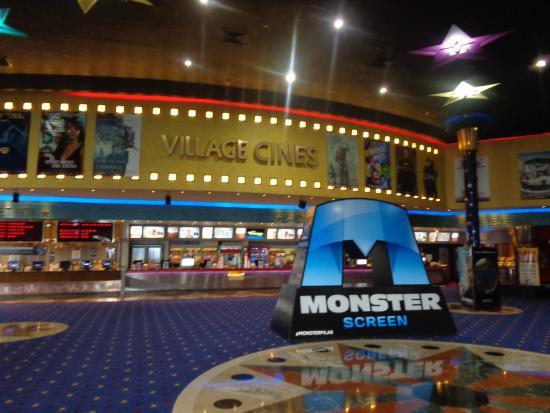 village cines pilar