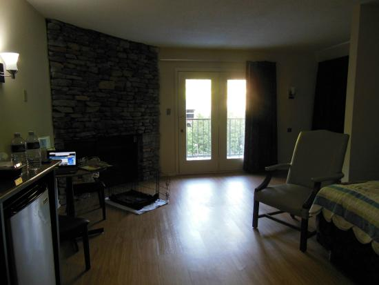 Captivating Quality Inn U0026 Suites Gatlinburg: Room 413