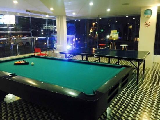 Billiard Table Table Tennis Picture Of The Lake Hotel Tagaytay - Table tennis and billiards table