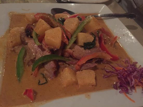 Thai Chili: duck two ways - basil and massumum curry