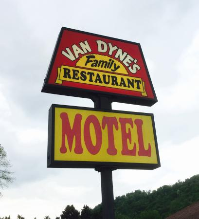 Shadyside, OH: Van Dyne's Sign