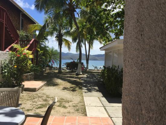 """Fort Recovery Beachfront Villa & Suites Hotel: So Called """"ocean front"""" room"""