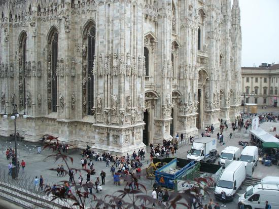 vista dalla terrazza - Picture of Terrazza Aperol, Milan - TripAdvisor