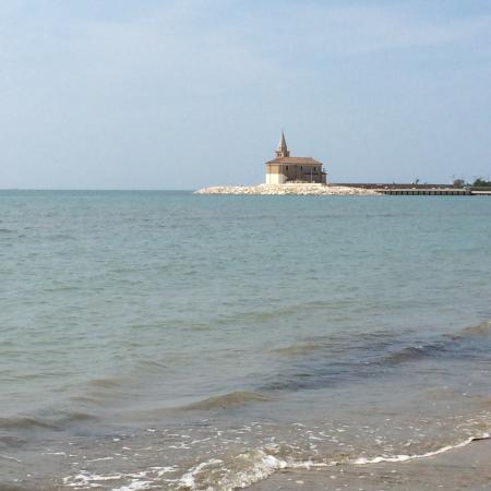 Caorle, Italie : Spiaggia di Levante