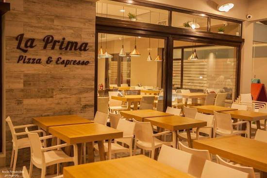 La Prima Pizza Restaurant