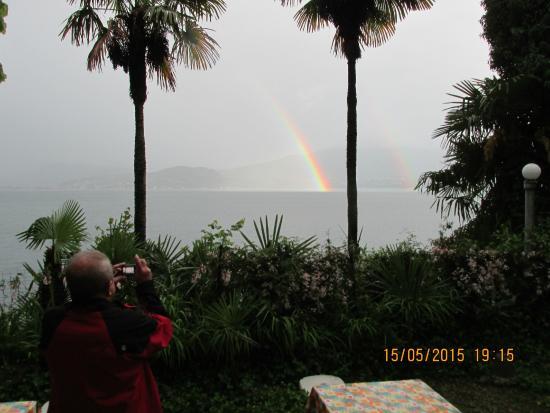 Garni La Scogliera: Regenbogenerlebnis am einzigen Regentag
