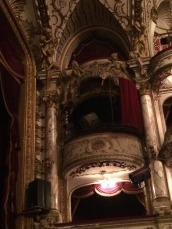 National Theater: photo1.jpg