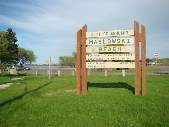Ashland, WI: Maslowski Beach sign