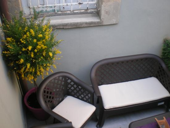 B&B Enna Inn Centro: terrazzino per relax fumatori