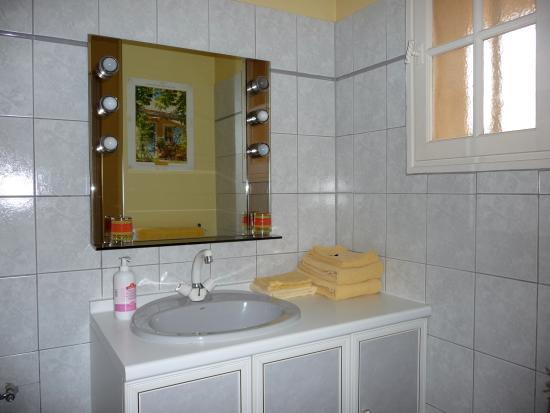 La Sousto: Salle de bain Cigale