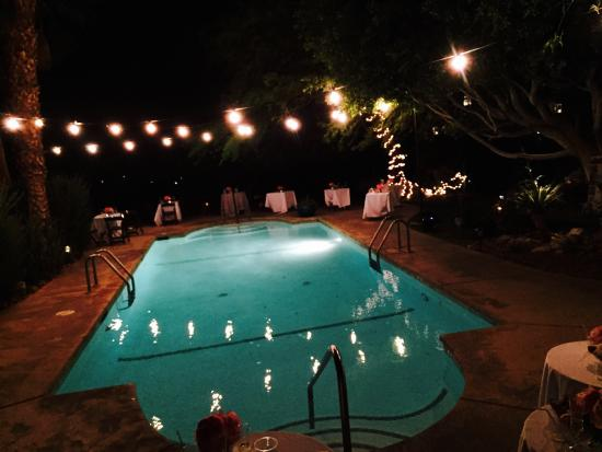 Hacienda Hot Springs Inn: Our wedding reception pool side