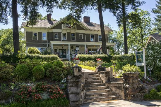 Abbington Green Bed and Breakfast Inn: Abbington Green Bed & Breakfast Inn, Asheville NC