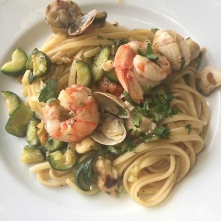 Agriturismo Villa Maria: seafood pasta