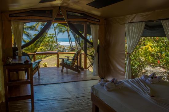 La Leona Eco Lodge: Ocean View, Front row. private bath