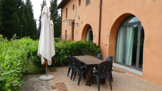 Agriturismo Tenuta Cantagallo: Vigneto spazio esterno/private patio