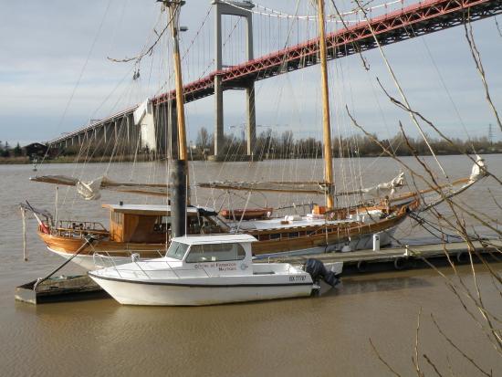 pont d u0026 39 aquitaine - photo de bordeaux 2cv tours  bordeaux