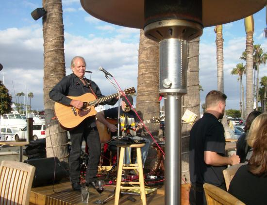 Hy Hour Entertainment At Boathouse On The Bay