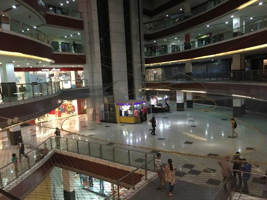 Meerut, India: Mall Atrium