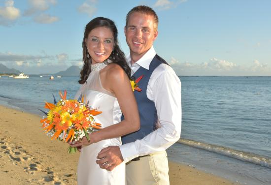 Hilton Mauritius Resort & Spa: Wedding Picture on the Beach May 21st, 2015